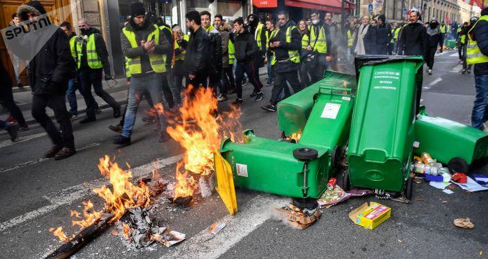 「黃馬甲」示威者