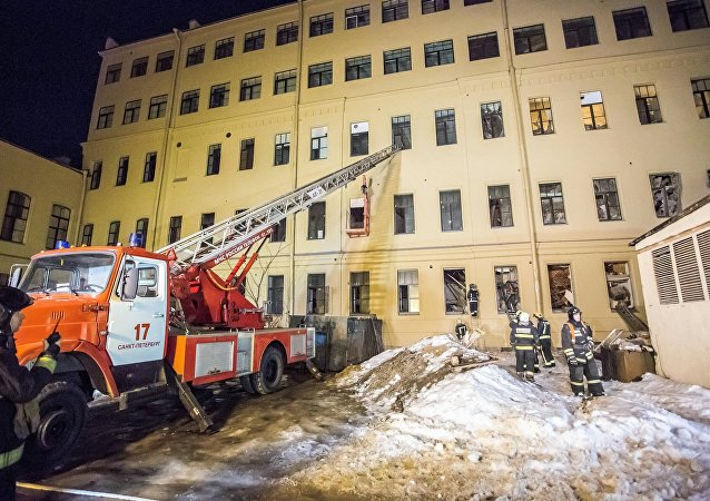 聖彼得堡一所大學建築坍塌面積達到885平方米