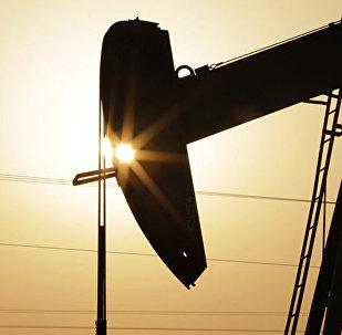 哈萨克斯坦副能源部长:中美关系影响石油需求