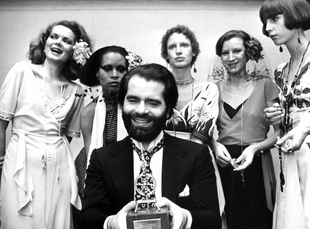 时装设计师卡尔•拉格斐,1973年