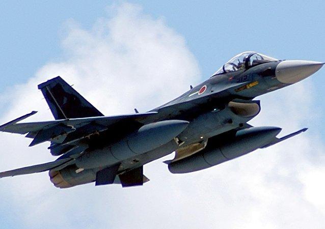 日本自卫队F-2飞机