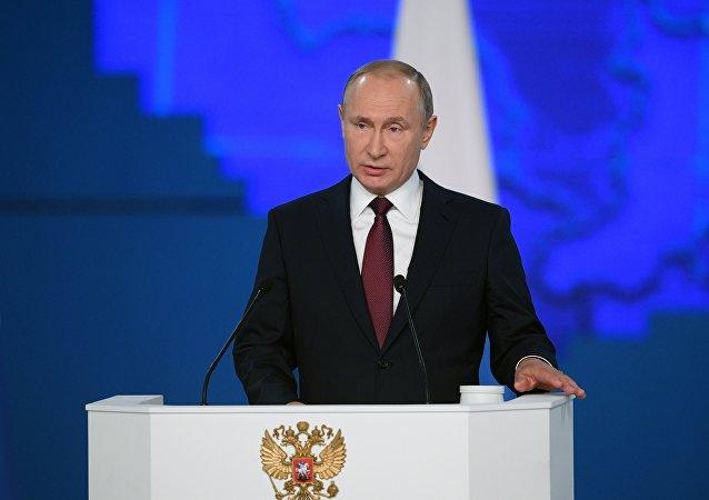 普京介绍俄罗斯会如何应对美国在欧洲部署导弹