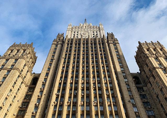俄外交部:美国没有试图消除其违反《中导条约》的行为