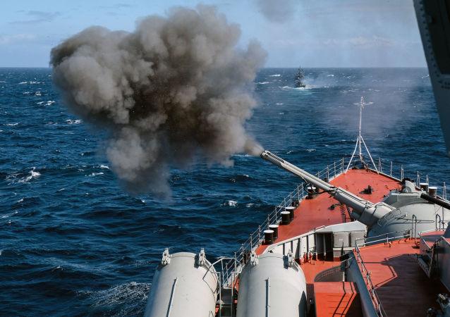 俄羅斯艦艇在黑海演習中實施導彈射擊
