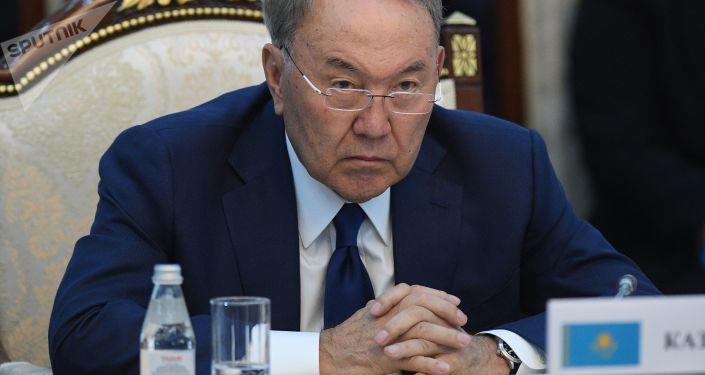 哈萨克斯坦总统已经接受政府辞职