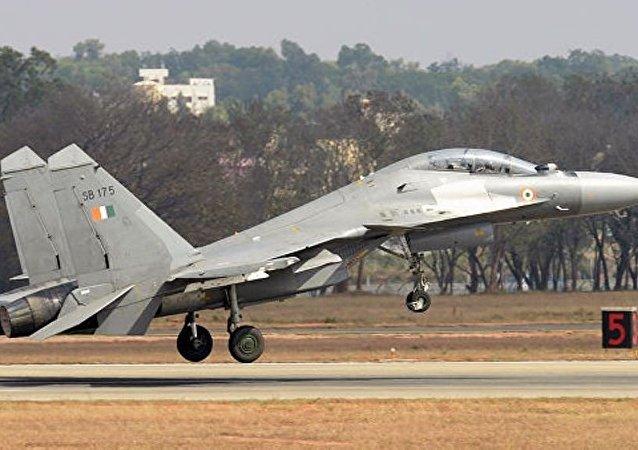 印空军在克什米尔摧毁武装分子大型训练营