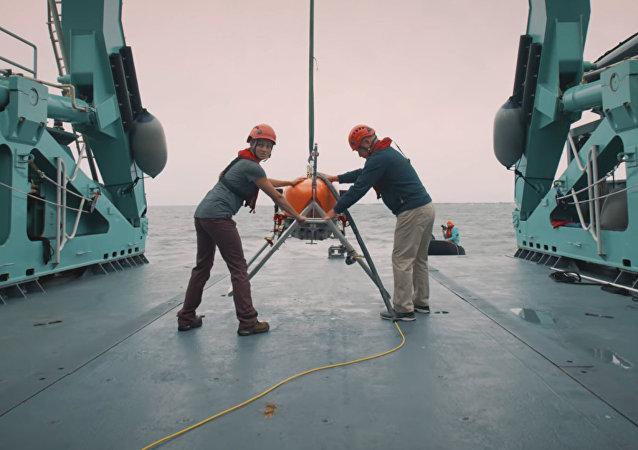 NASA测试深海潜艇 可潜至水下11千米
