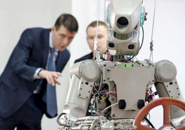 美国宇航局:机器人将提高人类探索太空能力