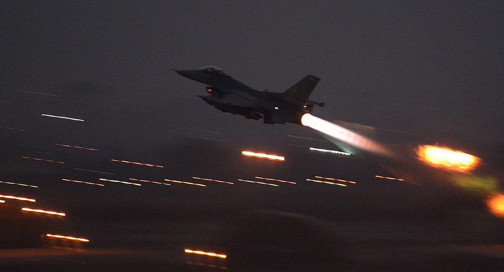 巴基斯坦裝備有核武器的F-16殲擊轟炸機,可抵達印度中央地區,如果能夠穿越印度防空系統的話