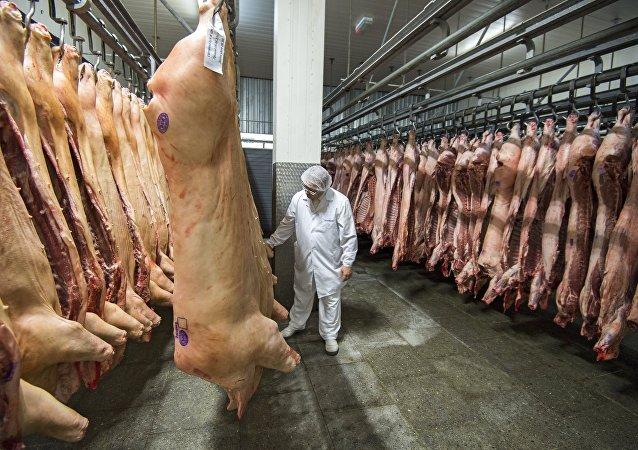 俄企在俄中協議框架下向中國發運首批冷凍禽肉