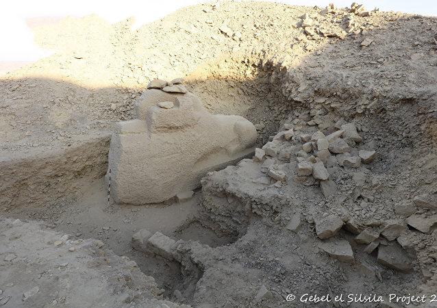 埃及發現四千年前獅身羊面像