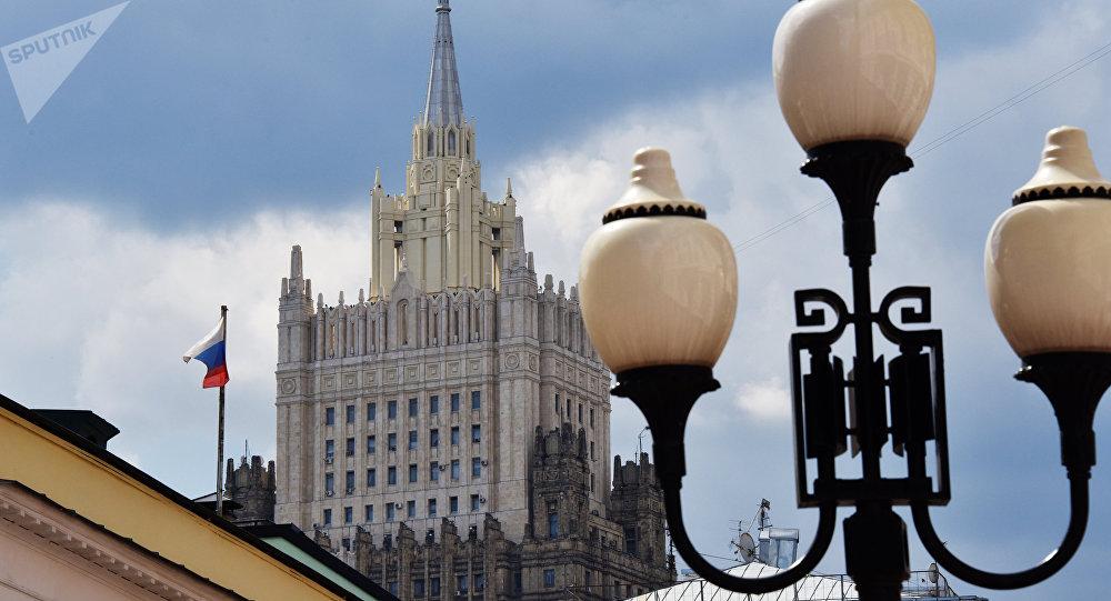 俄外交部:美国继续幻想可以通过制裁对俄施加压力