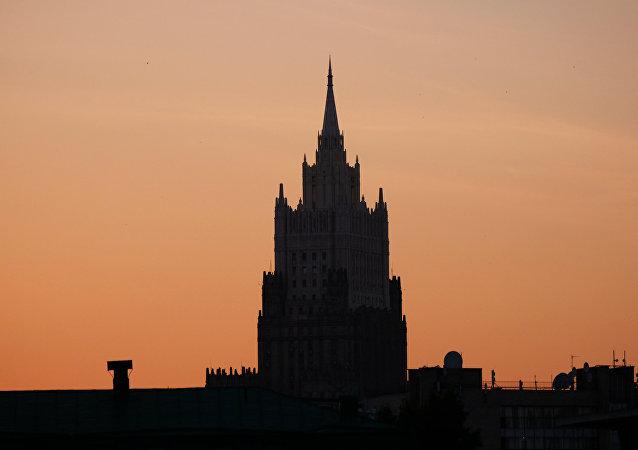 俄外长:清除叙利亚恐怖主义是关键任务