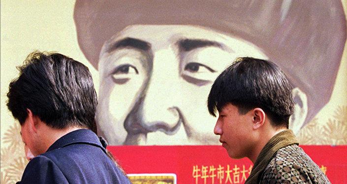 """肯德基打造中国首家""""雷锋精神""""主题餐厅"""