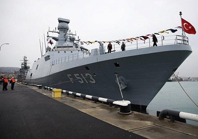 土耳其海軍軍艦在軍演框架內停靠俄新羅西斯克港