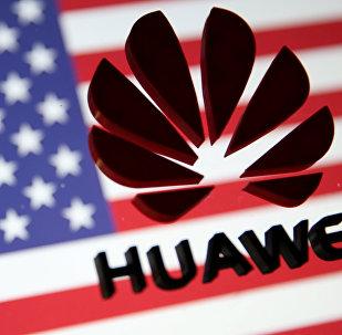 美国未说明特朗普新法令是否针对华为和中国