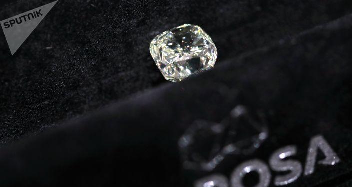 阿尔罗萨宝石公司