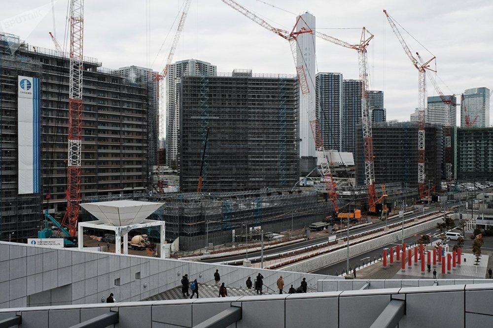 奥林匹克村占地44公顷,位于东京都中央区晴海4丁目和5丁目