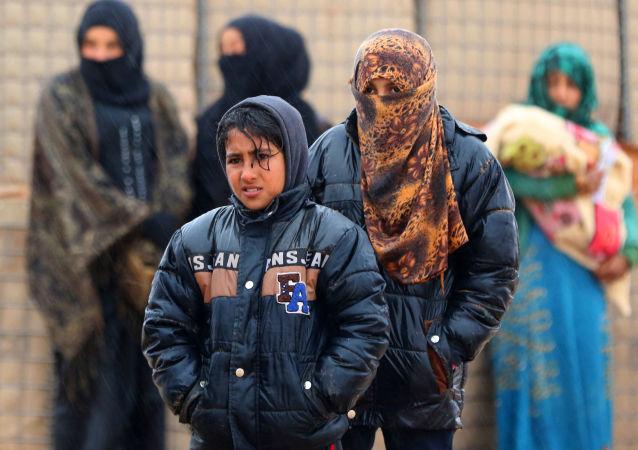 鲁克班难民营的难民