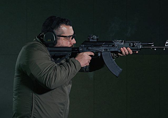 AK-203自動步槍