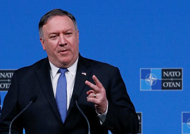 美国国务卿指责俄罗斯有意破坏北约