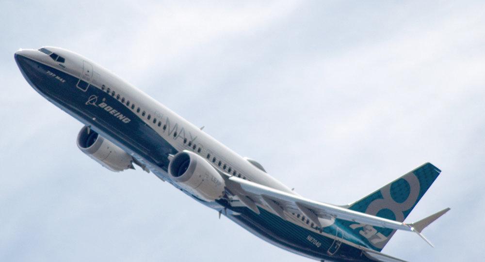俄飞行员:波音737 МАХ8型飞机失事是美国工程师匆忙研发和误算造成的结果