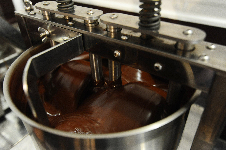 可可豆的細磨過程