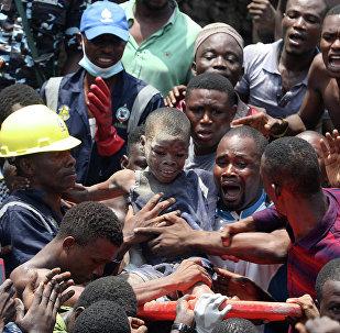 尼日利亚校舍垮塌  5名学生遇难