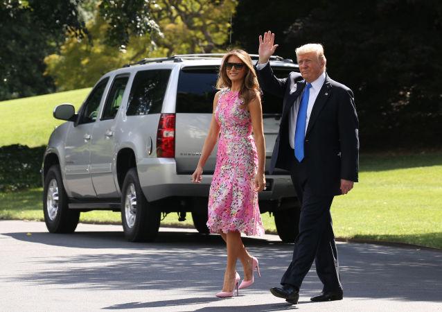 特朗普对他与非梅兰尼娅本人出行的谣言表示愤怒