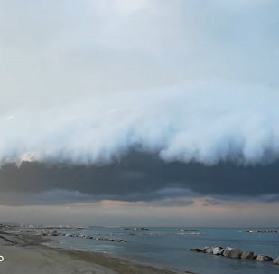 意大利人看到了天上可怕的云