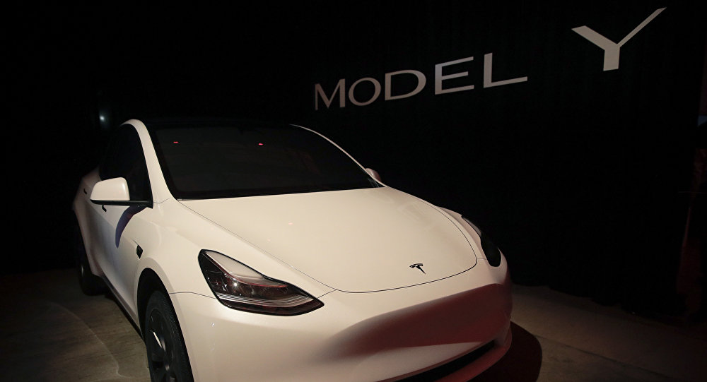 特斯拉发布新车型Model Y