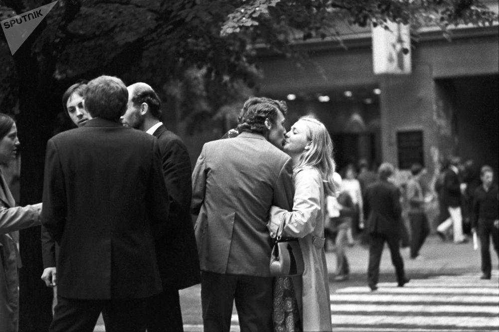1973年维尔纽斯街上的恋人