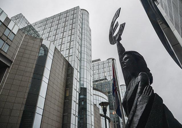 Здание Европейского парламента в Брюсселе.