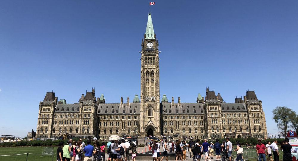 加拿大对俄罗斯114人和15家实体实施制裁