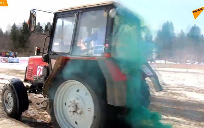 俄羅斯舉行拖拉機冬季兩項比賽