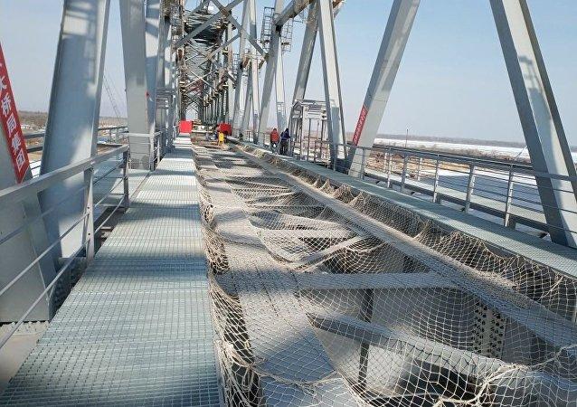 俄中跨阿穆尔河铁路大桥两段合龙日期确定