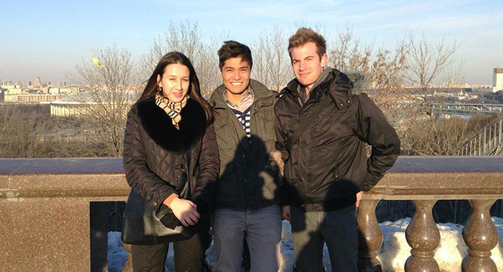 克谢尼娅与加拿大客人