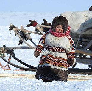 涅涅茨姑娘·涅涅茨人是俄罗斯北部地区的少数民族之一