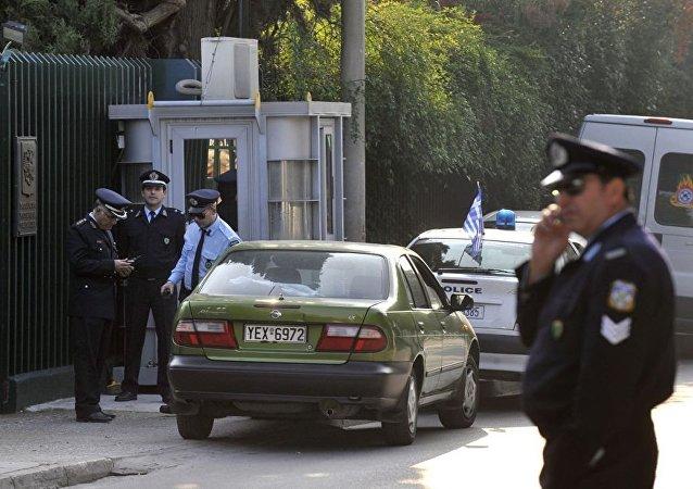 俄驻希大使馆的警察执勤岗亭(资料图片)