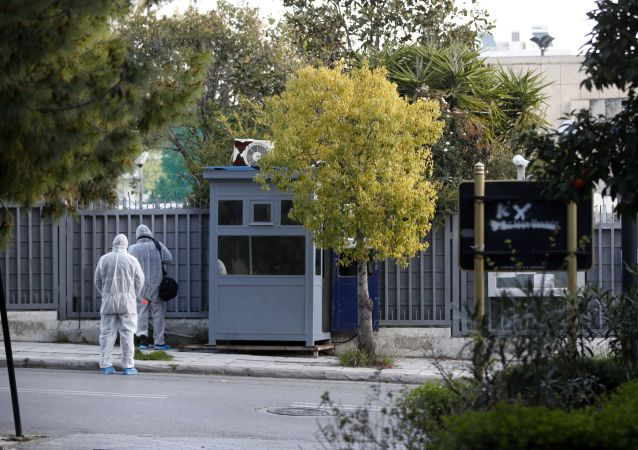希腊外长谴责俄罗斯驻雅典领事处遇袭事件