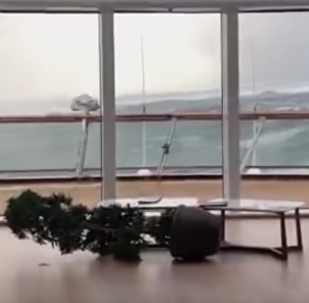 游輪遇險的視頻被拍下