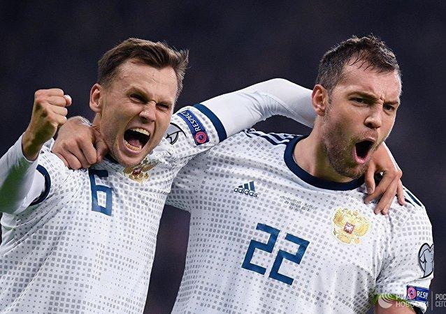 俄羅斯足球隊在2020歐洲杯資格賽中擊敗哈薩克斯坦足球隊