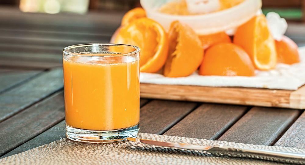 研究人员发现喝果汁与癌症的关系