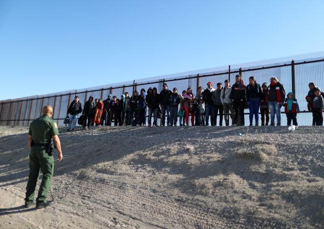 特朗普稱美國和墨西哥已就貿易和移民問題達成協議