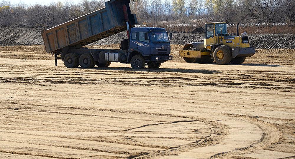 中國公司希望向俄克里米亞出口道路施工設備