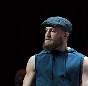 爱尔兰综合格斗运动员康纳·麦格雷戈宣布退役