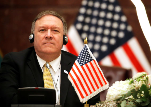 美国务卿称俄罗斯对《中导条约》作废承担全部责任