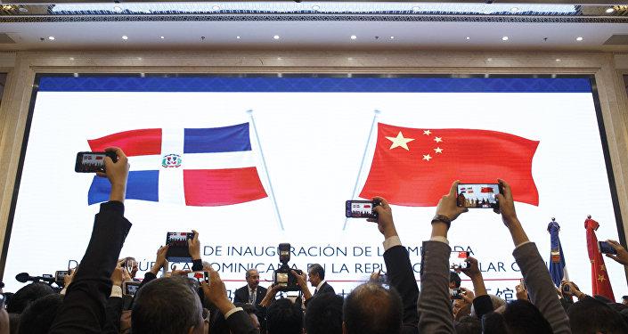 美國試圖對中國在拉美的夥伴國施加影響