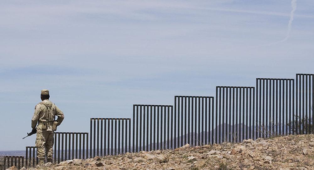 外媒:美國防部批准建設美墨邊境牆額外32公里