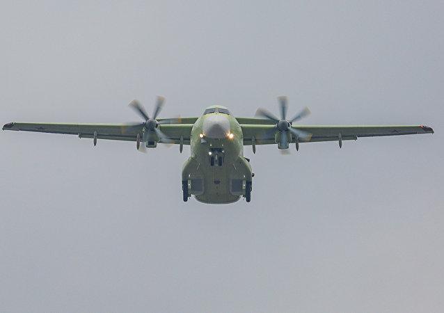 伊尔-112V首飞